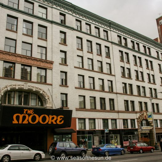 The Moore Theater und Hotel