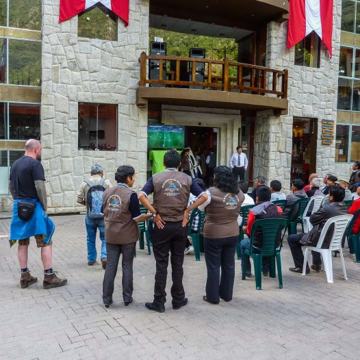 Public Viewing in Aguas Calientes - Argentinien kommt weiter